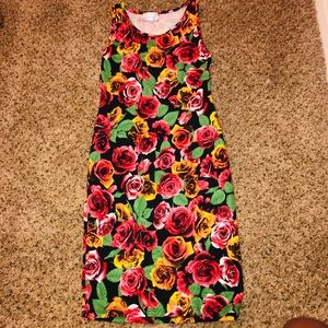 Dresses & Skirts - Floral Midi Dress